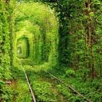 【烏克蘭】愛的隧道 – 穿過後能到桃花園嗎?