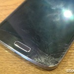 Samsung 的螢幕比較容易摔壞?