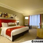 【澳門.氹仔】「澳門金沙城中心假日酒店」(Holiday Inn Macao Cotai Central)的超大床客房 – 很黒的一間房