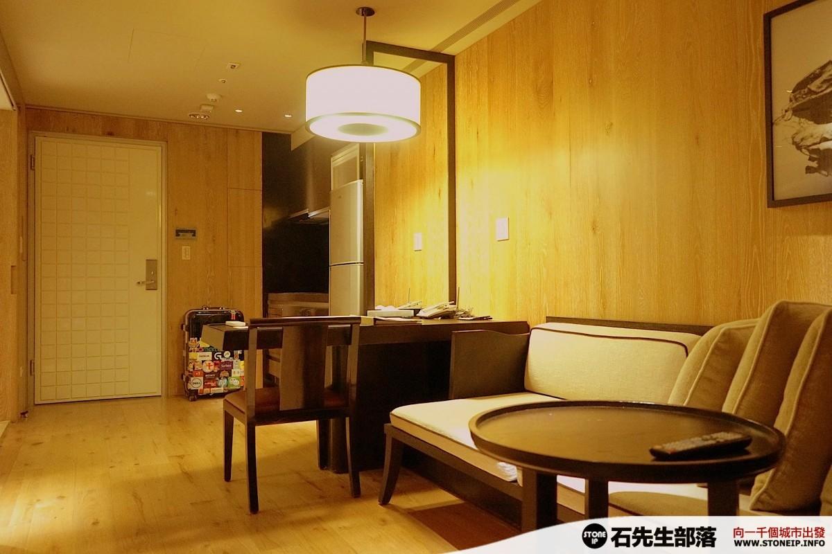 a002-12-gloria_residence_taiwan_taipei_DSC00854