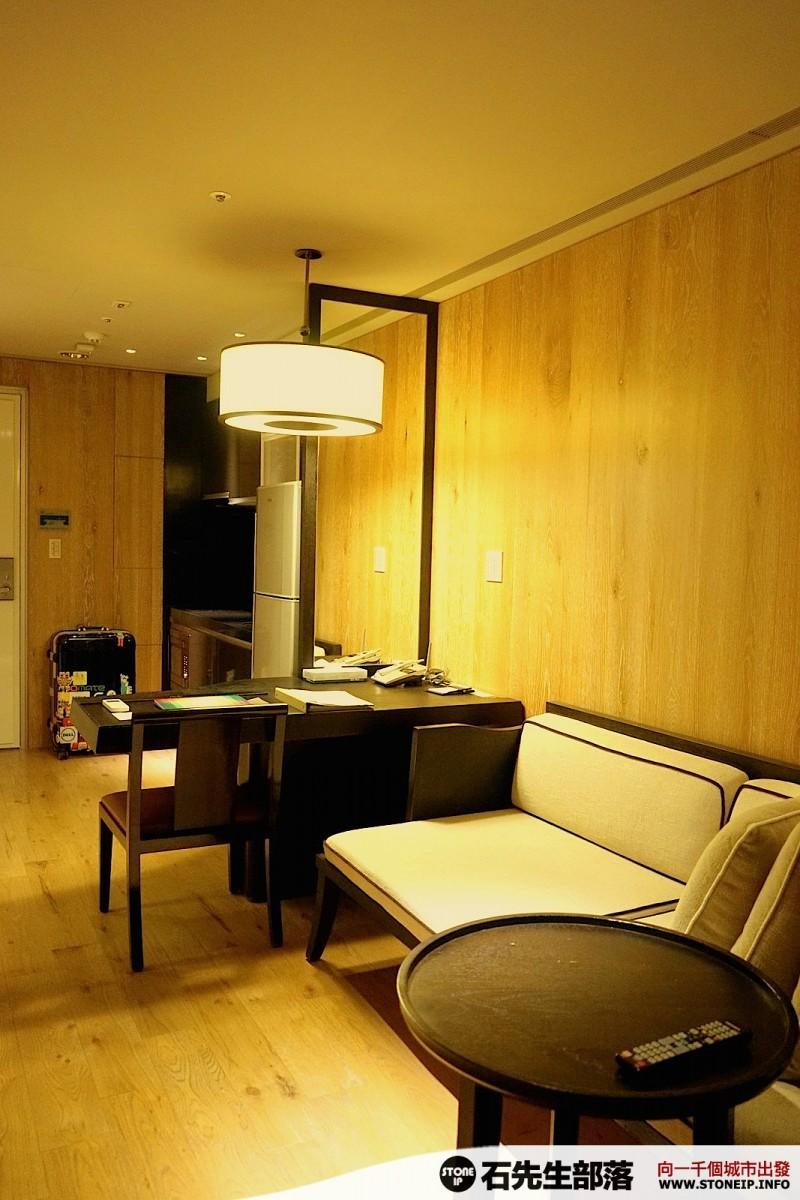a003-11-gloria_residence_taiwan_taipei_DSC00853