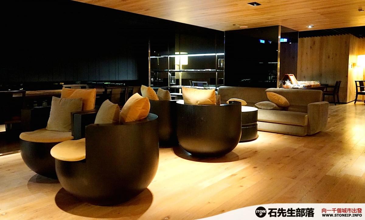 a016-28-gloria_residence_taiwan_taipei_DSC00898