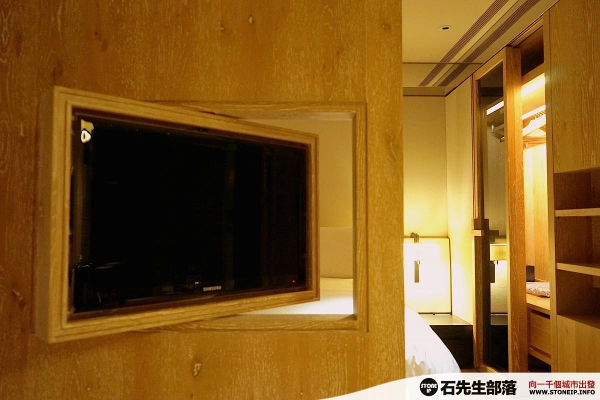 a022-13-gloria_residence_taiwan_taipei_DSC00855