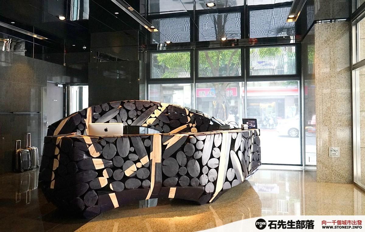 a026-32-gloria_residence_taiwan_taipei_DSC00906
