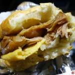 【飛機餐挑戰】中華航空 的「超好吃」雞扒包(台北香港宵夜)