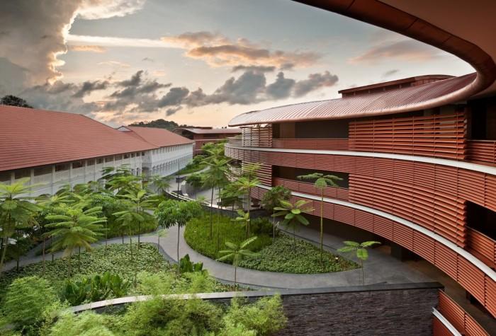 Capella Singapore_Courtyard Daybreak Mid Res