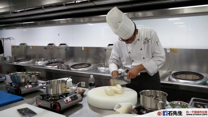 nanjing-hong-kong-express-shanghai-travel-experience9