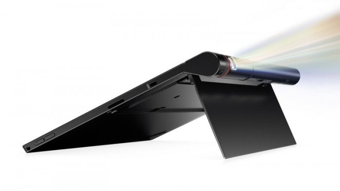 Lenovo_CES__X1_Tablet_Presenter