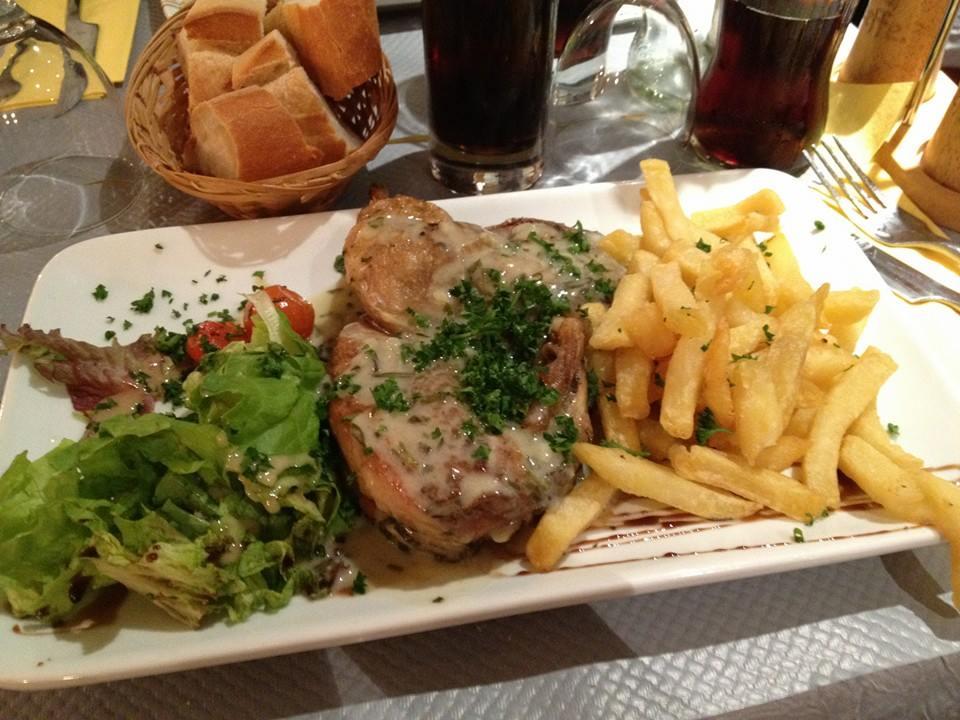 這份是當年抵達 Paria 後,在機場附近小鎮吃的晚餐,可說是歷來最好吃的法國晚餐之一。