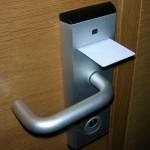 【石.化.遊】當你酒店房卡無法開門,也許不是房卡的錯!
